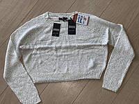 Теплый укороченный свитер со стразами