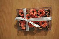 Набор бархатцев (ок. 27 цветков диаметром от 25 до 13 мм и листики к ним). Оранжевые.