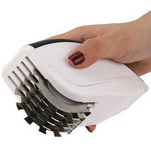 Нож для нарезки 3 в 1 Rolling Mincer и Tenderizer с чесночным прессом, фото 2