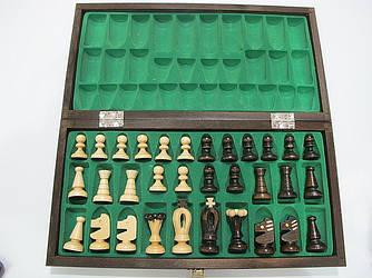 """Шахматы (на доске изображены """"великие люди"""")"""