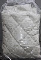 Двуспальное одеяло из холлофайбера Gucci