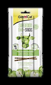 Колбаски для кошек с говядиной и яблоками GimCat Superfood Duo-Sticks 3 шт.