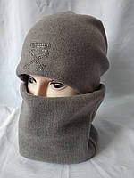 Женская шапка и бафф серого цвета