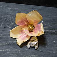 Цветок магнолии крем-персик с блестками, фото 1