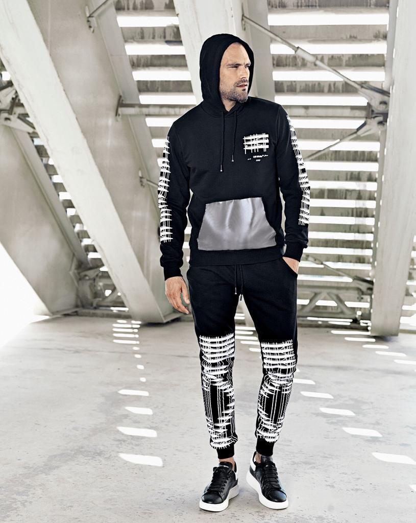 😜 Спортивный костюм - Мужской спортивный костюм черный с рисунками