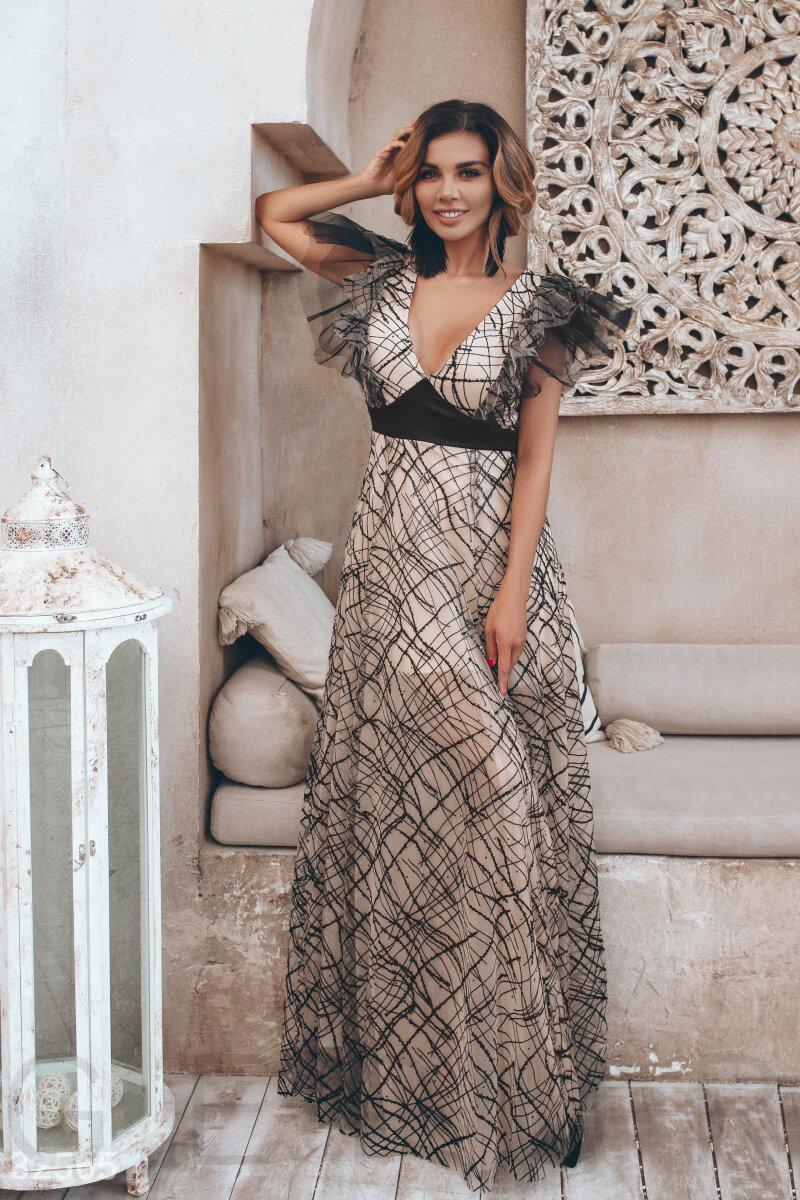 Вечернее длинное платье макси с оборками