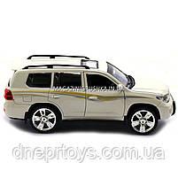 Машинка іграшкова Автопром «Toyota» Тойота джип, метал, 18 см, Білий (світло, звук, двері відчиняються) 7662, фото 2