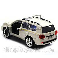 Машинка іграшкова Автопром «Toyota» Тойота джип, метал, 18 см, Білий (світло, звук, двері відчиняються) 7662, фото 3