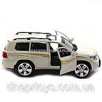 Машинка іграшкова Автопром «Toyota» Тойота джип, метал, 18 см, Білий (світло, звук, двері відчиняються) 7662, фото 4