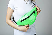 Поясная сумка лаковая зеленая