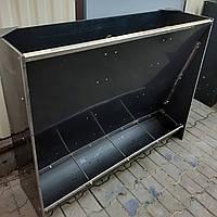 Бункерные кормушка на 4 секции для свиней
