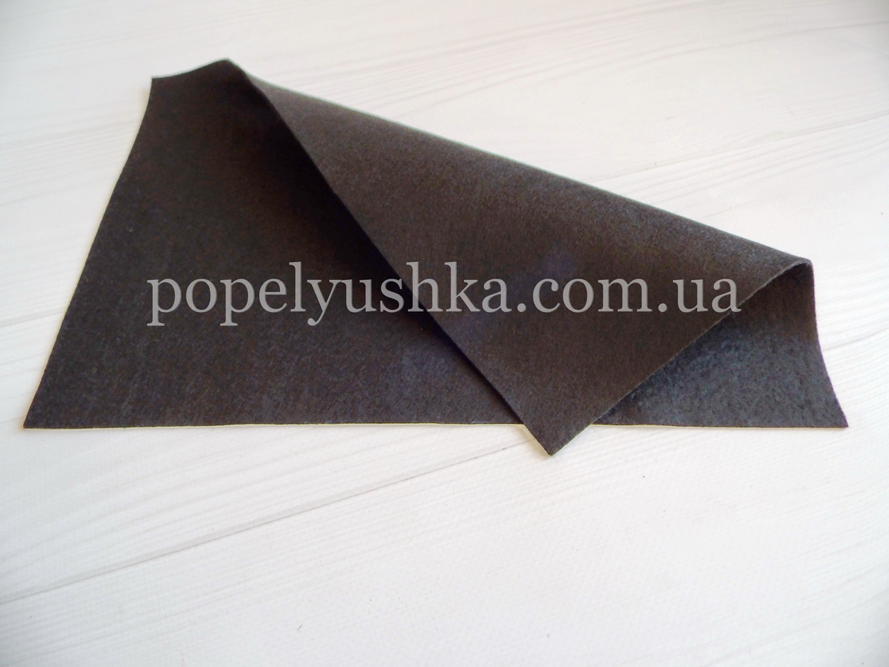 Фетр 1.3 мм китайский мягкий черный 20 * 30см