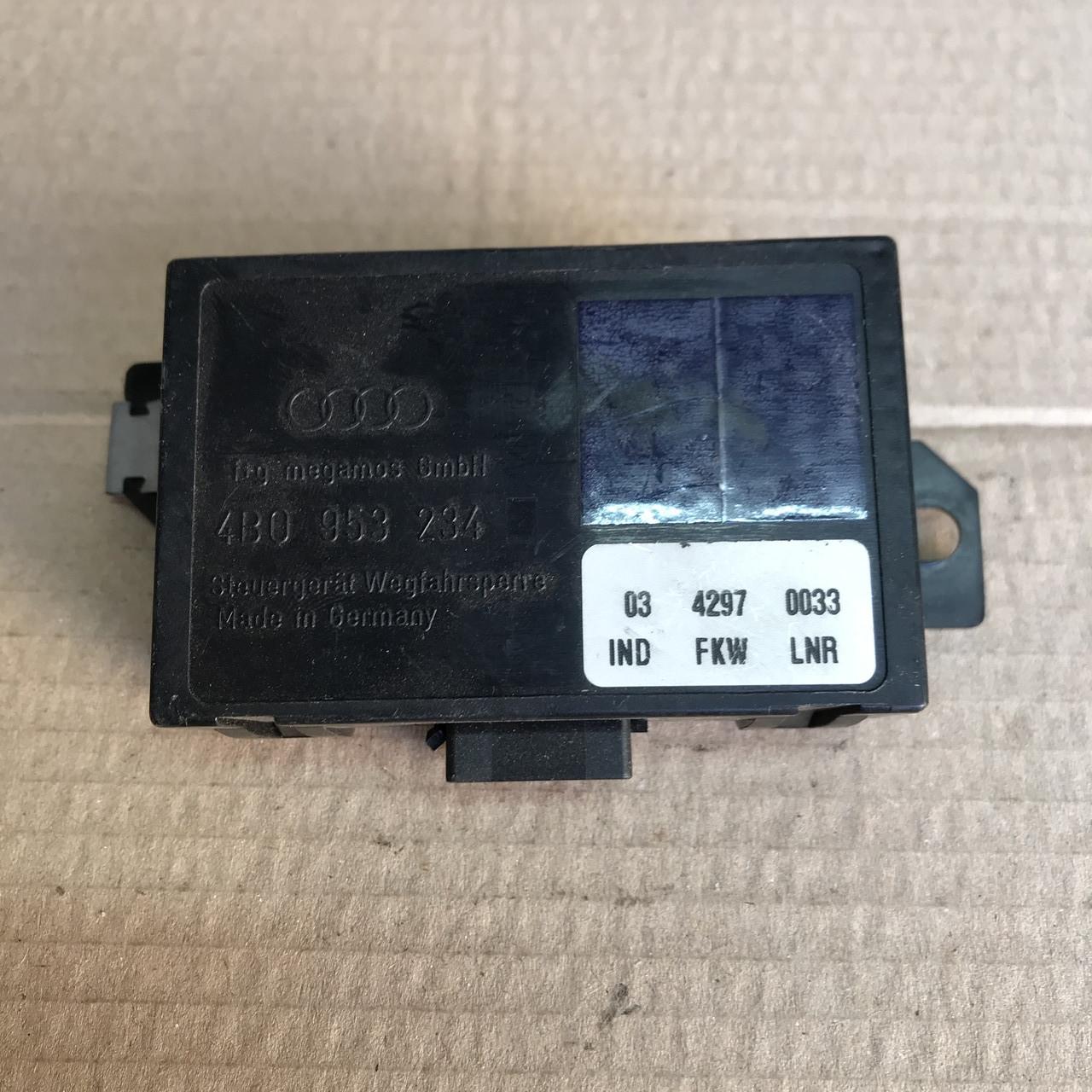 4B0953234 Блок управління імобілайзером на Audi / Vw