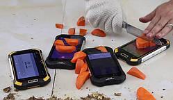 Как выбрать противоударный телефон