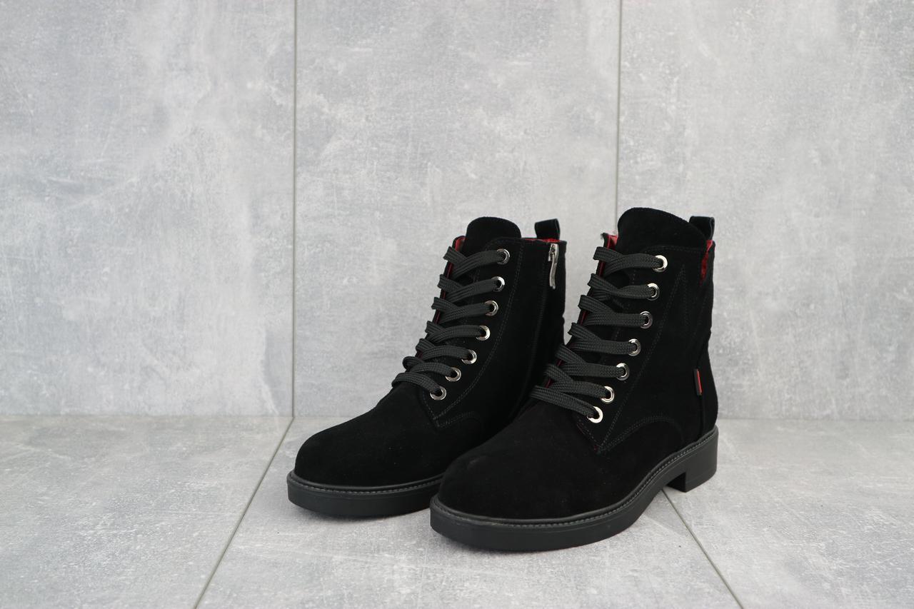 Зимові жіночі замшеві черевики високі класичні прошиті на шнурівці якісні в чорному кольорі