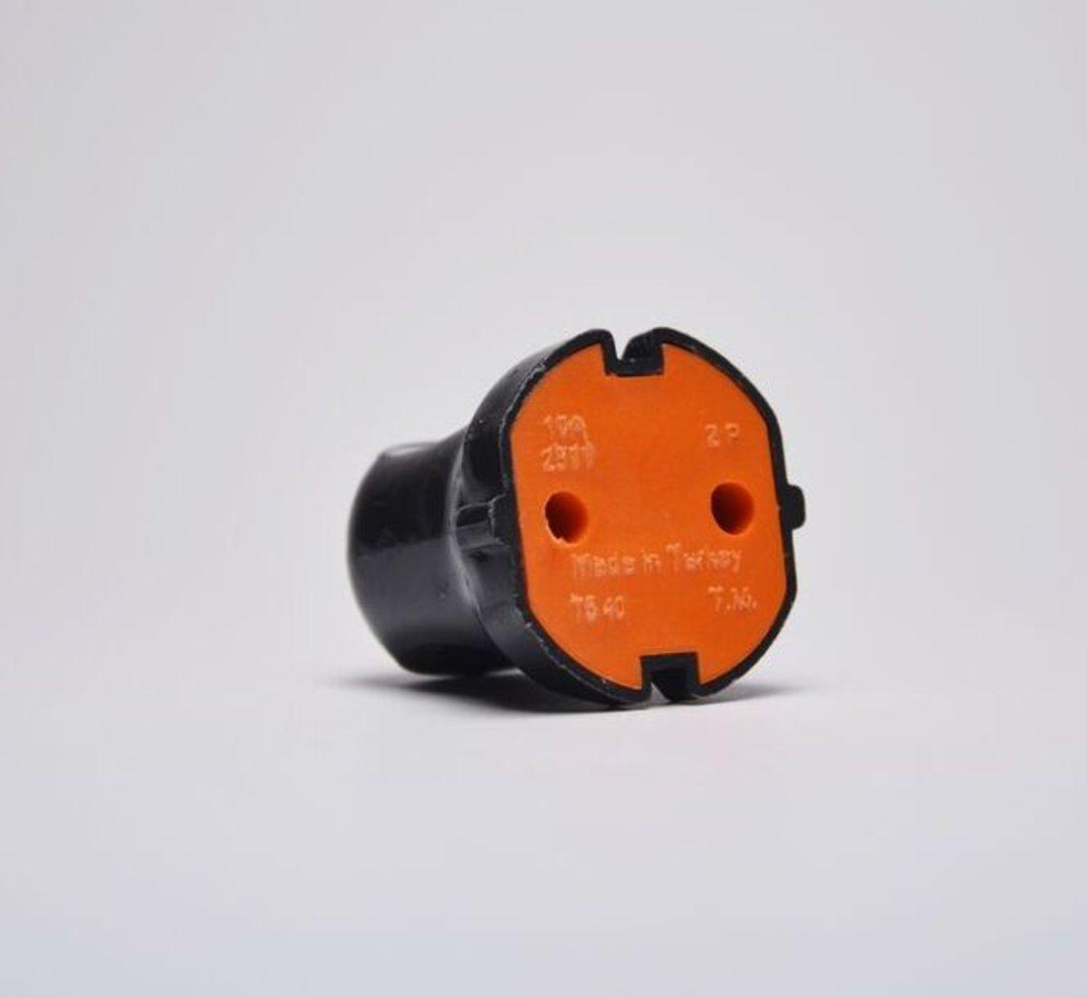 Гнездо штепсельное Profitec 4 мм Черное