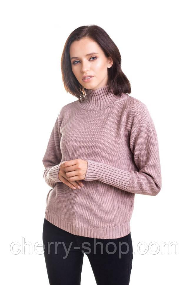 Красивый женский свитер с горловиной стойкой