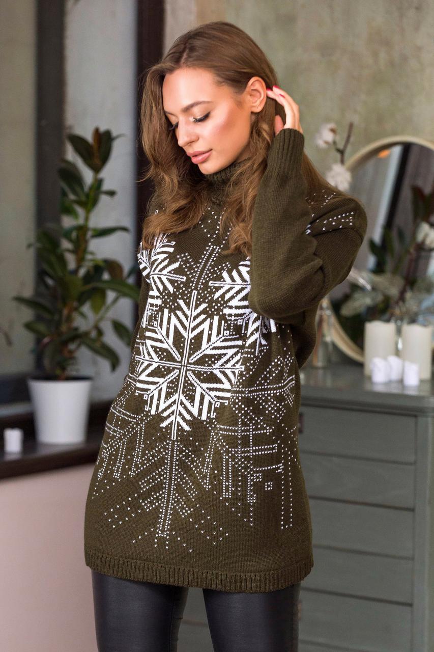 Теплый свитер со снежинками «Сказка» (оливковый, белый)  Универсальный размер 44-52