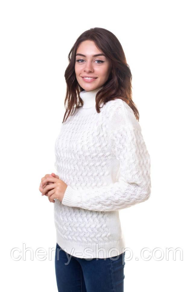 Молочный женский свитер с аранами