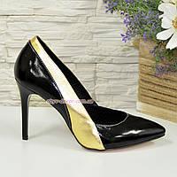 Классические женские лаковые туфли на шпильке, цвет черный/золото. 38 размер