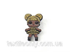 Значок / брошь Кукла ЛОЛ Queen Bee / Пчелка 30х48 мм