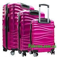 Набор пластиковых чемоданов на колесах (комплект из трех чемоданов) Розовые волнистые, фото 1