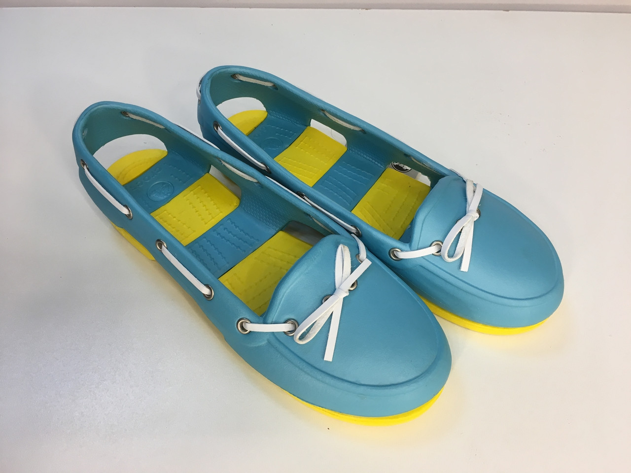 Мокасины Crocs женские Beach Line Boat Shoe бирюзовые 39 разм.