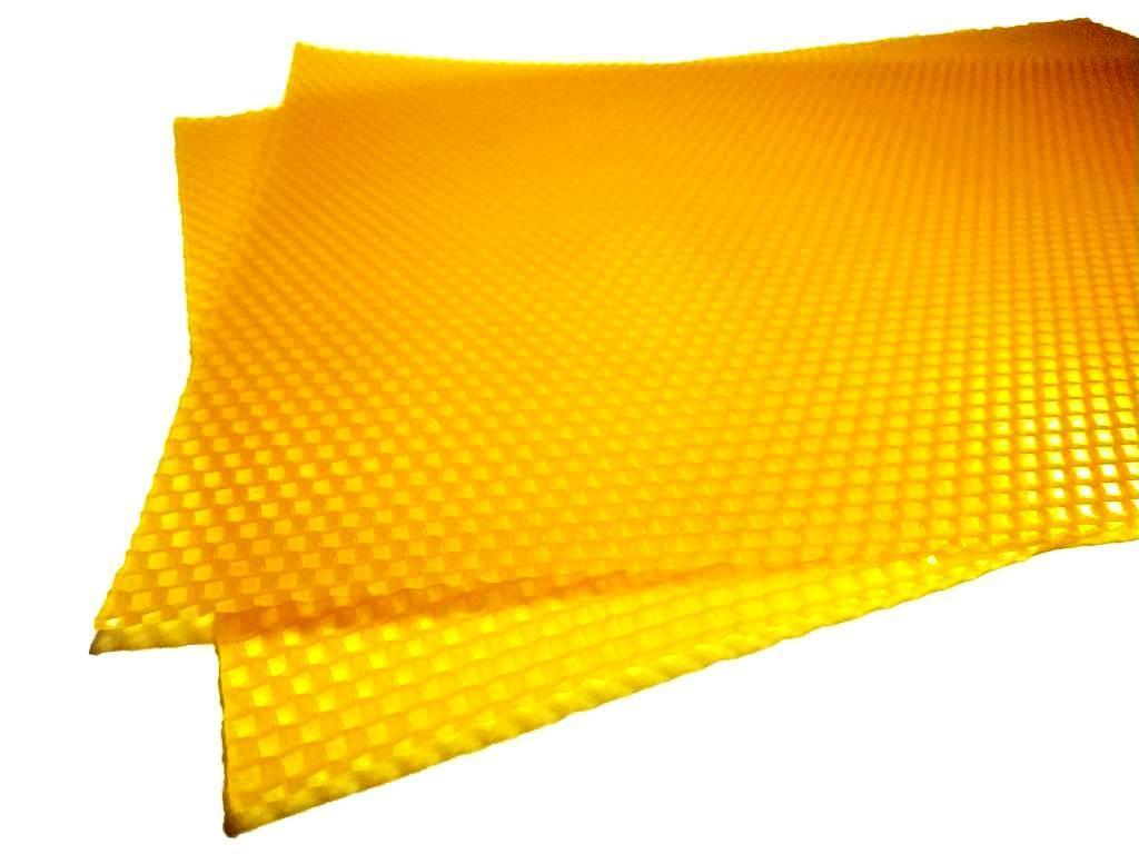Цветная вощина желтая. Цена за лист 20х26см апимаг апімаг apimag