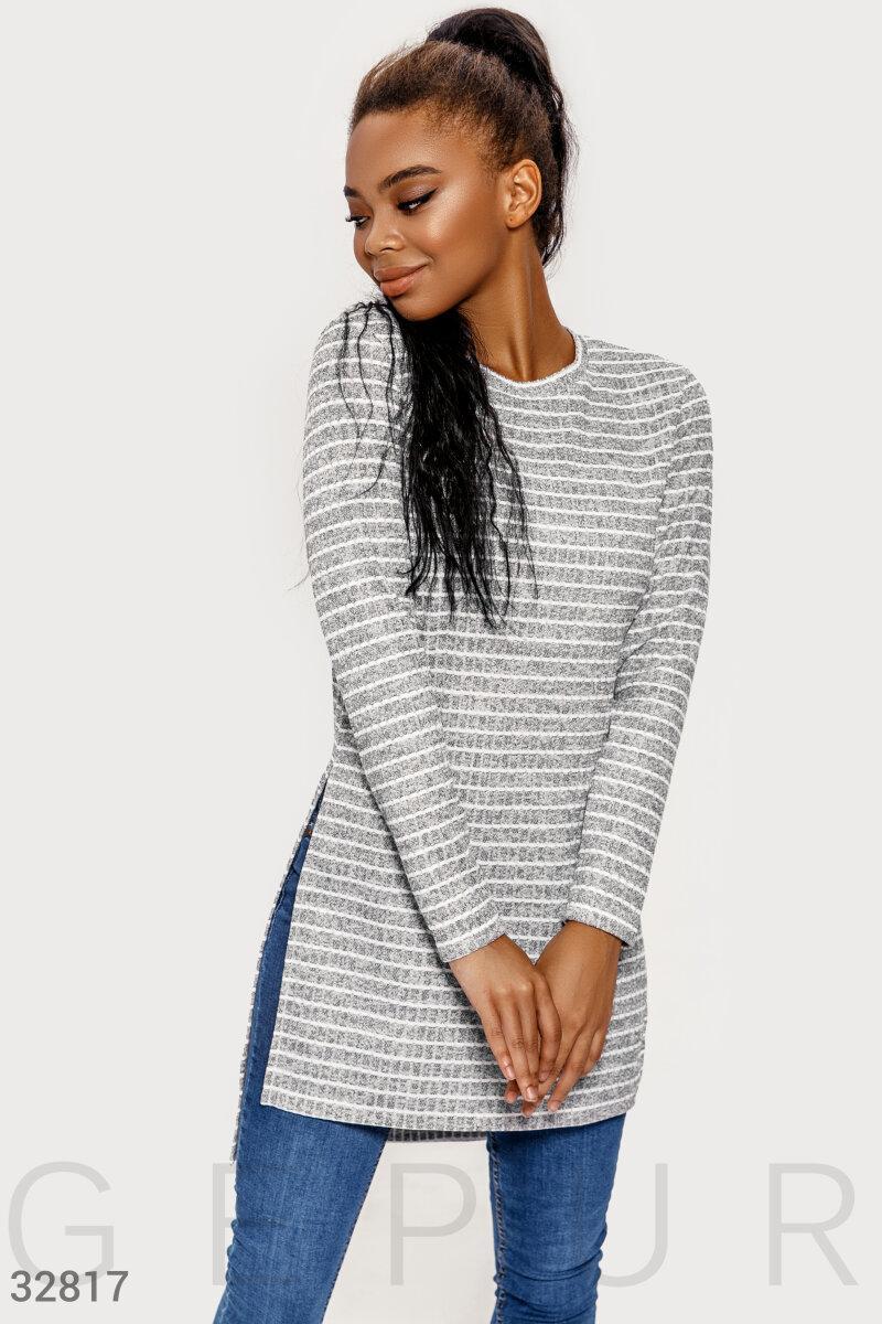Трикотажное платье-туника в полоску