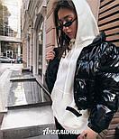 Короткая женская лаковая куртка на молнии без капюшона 3701172, фото 3