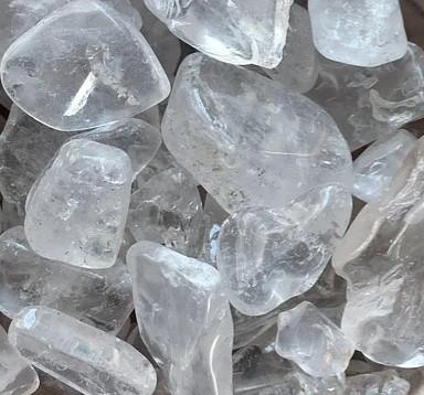 Камень натуральный горный хрусталь более крупный, размер 5-20 мм. Уп. 30г