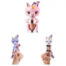 Интерактивная детская игрушка единорог FingerLings