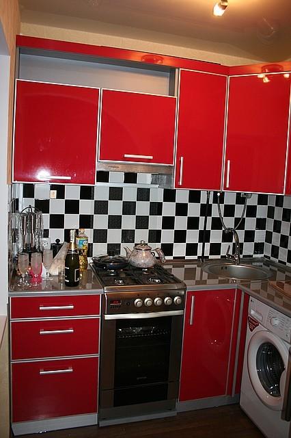 Кухня пластик глянець МДФ в С-профіль