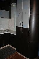 Кухня угловая с пеналом Постформинг