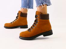 Женские зимние ботинки рыжые нубук