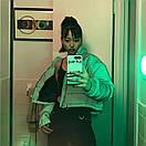 Женская короткая светоотражающая куртка на молнии с воротником - стойкой 65kr165, фото 4
