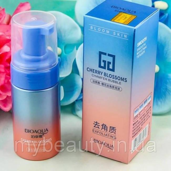 Отшелушивающий мусс для лица Bioaqua с экстрактом сакуры cherry blossoms 120 ml