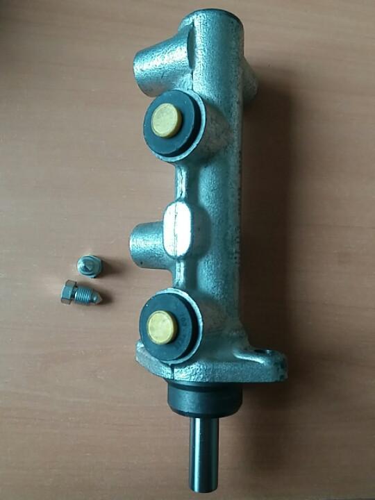 Головний гальмівний циліндр Iveco Daily Е-1