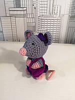 Мягкая вязанная игрушка для детей Мышка с сумочкой 11см