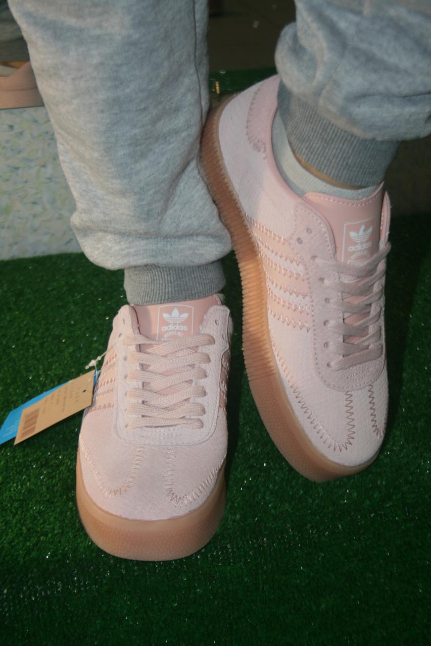Женские кроссовки Adidas, размеры 38-41