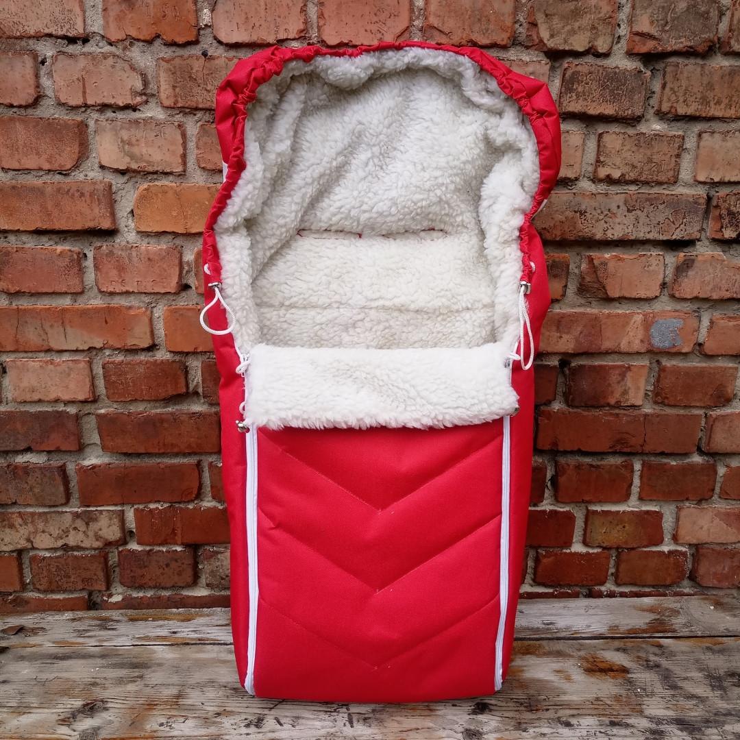 Зимний чехол на овчине в коляску санки красный, прорези для ремней.