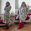 Теплый домашний халат с вензелями, фото 2