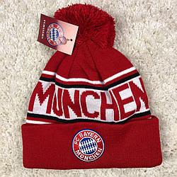 Шапка зимняя с бубоном Бавария Мюнхен красная