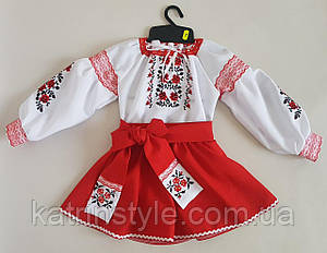Красивый вышитый детский костюм под пояс  в красном цвете