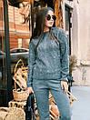 Женский вязаный костюм с бусинами на кофте и зауженными штанами 40kos291, фото 3