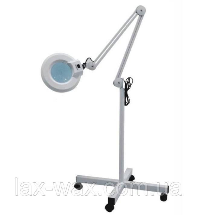Лампа для косметолога на колесах  ( LED-подсветка)