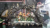 Рождественская горка со снежной композицией Путешествие Санты 33*26 см, LED подсветка, батарейка, фото 1