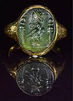 27 октября на лондонском аукционе Pax Romana представлены высококачественные предметы старины, древнее искусство, оружие и ювелирные украшения