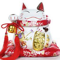 Котик Манэки-нэко со стрелами и монеткой, белый из коллекции