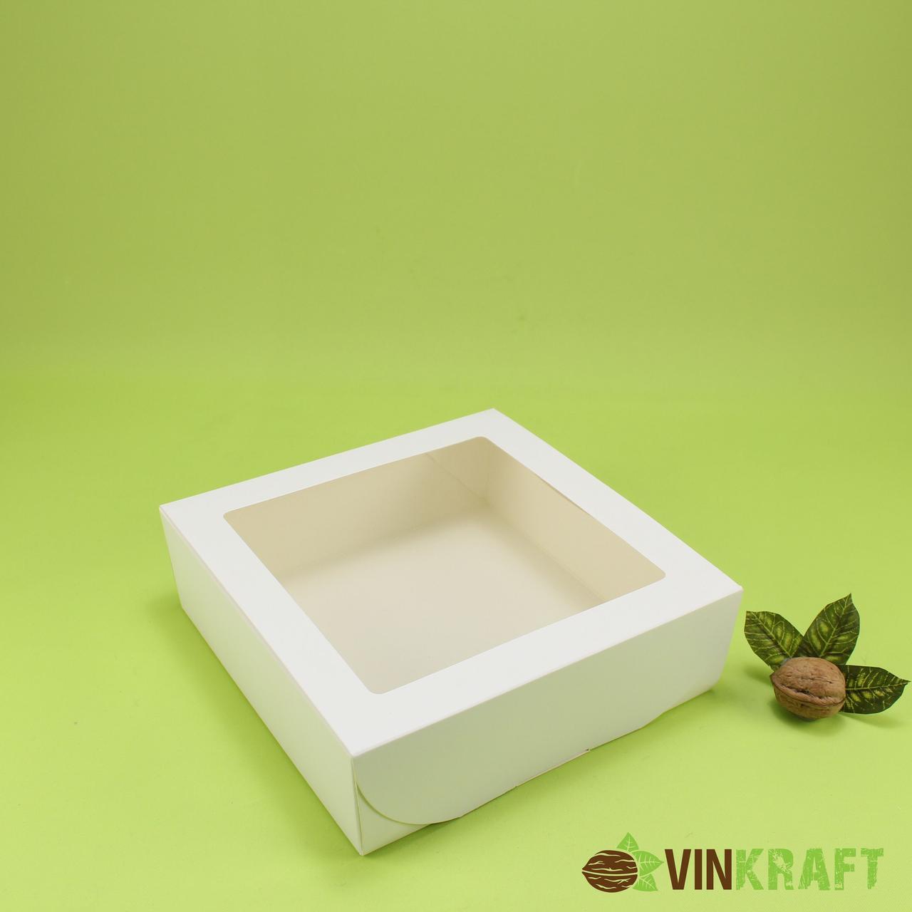 Подарункова коробка 200*200*65 з вікном, біла